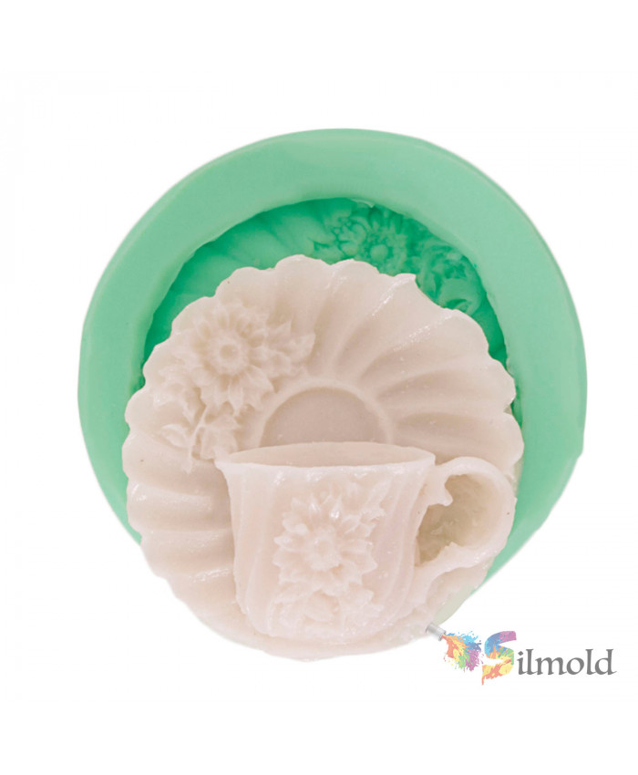 Flowered Plate and its Glass Silicone Mold