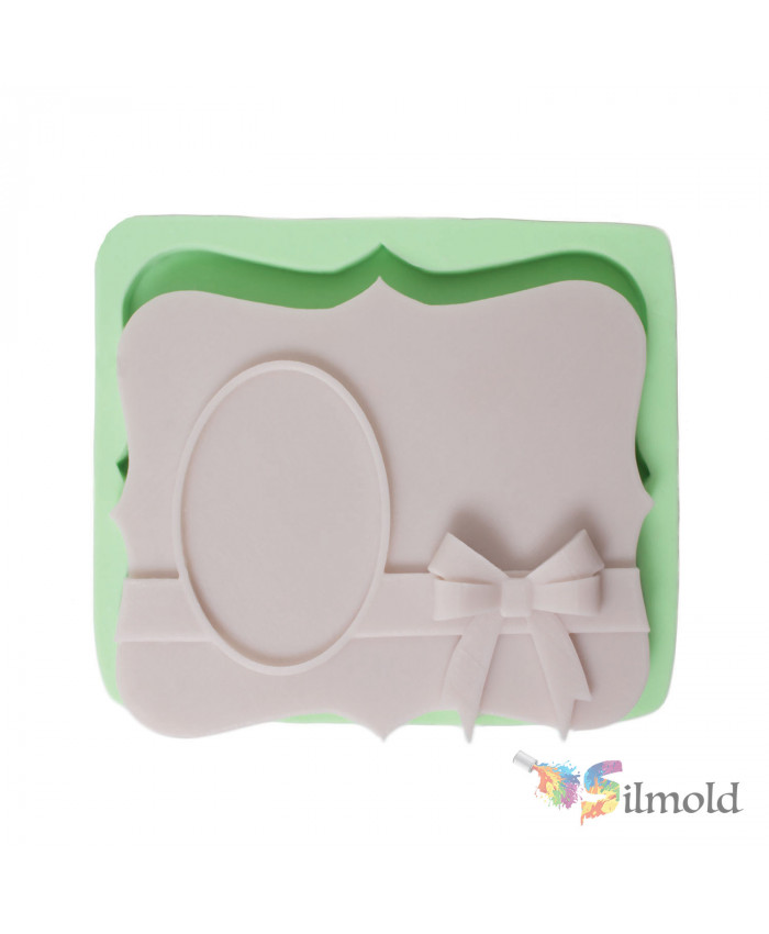 Plaque with Wavy Sides and a Bowtie Silicone Mold